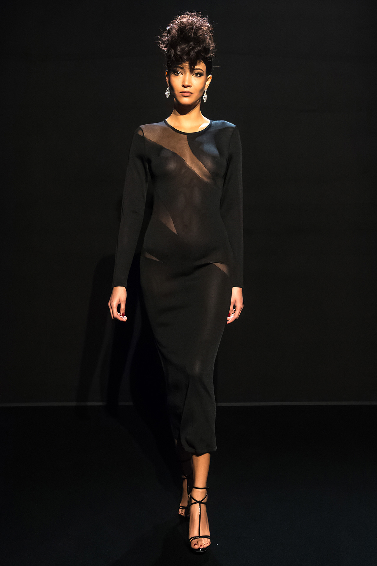 Daniela de Jesus for Azzaro Spring 2017 Couture