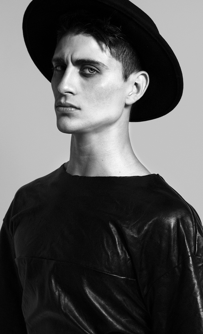 Edher Garez photographed by Agares