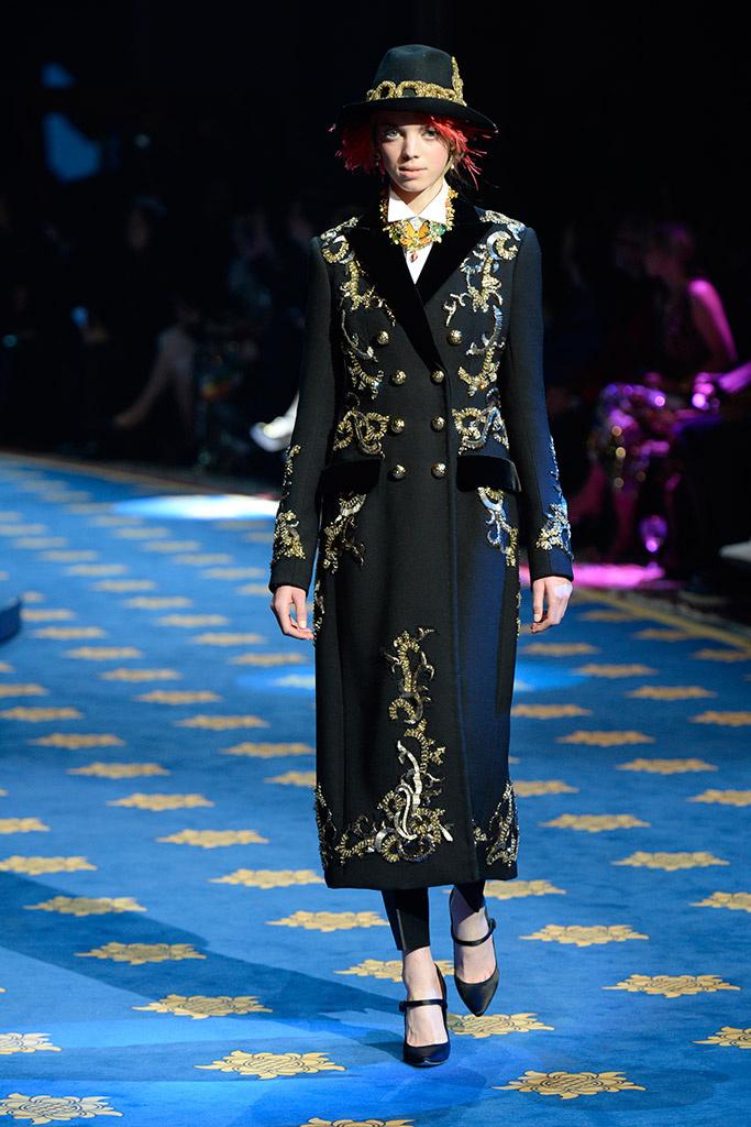 Mariana Zaragoza for Dolce & Gabbana Spring 2017 Alta Moda