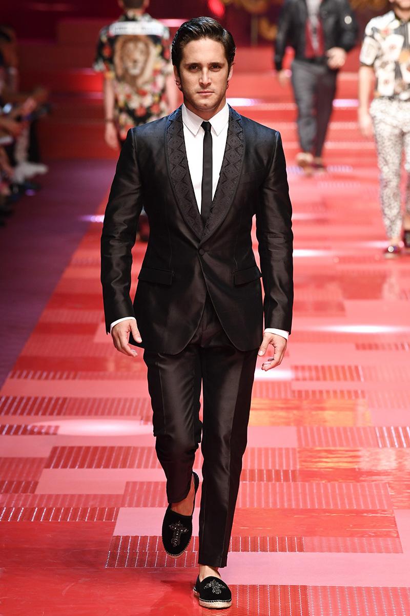 Diego Boneta for Dolce & Gabbana Spring 2018 Milan Menswear